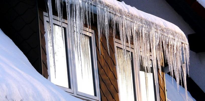 Dachowe systemy ochrony przed śniegiem, lodem i mrozem