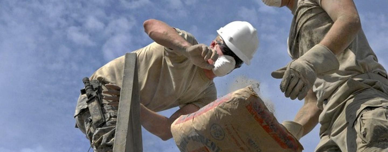 Jak ochronić się przed materiałami pylącymi?
