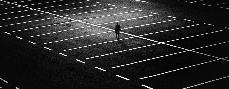 Jakimi metodami wykonuje się oznakowanie poziome na parkingach?