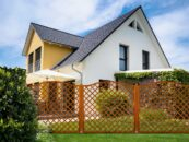 Drewniane kratki ogrodowe – sprawdź, do czego je wykorzystać